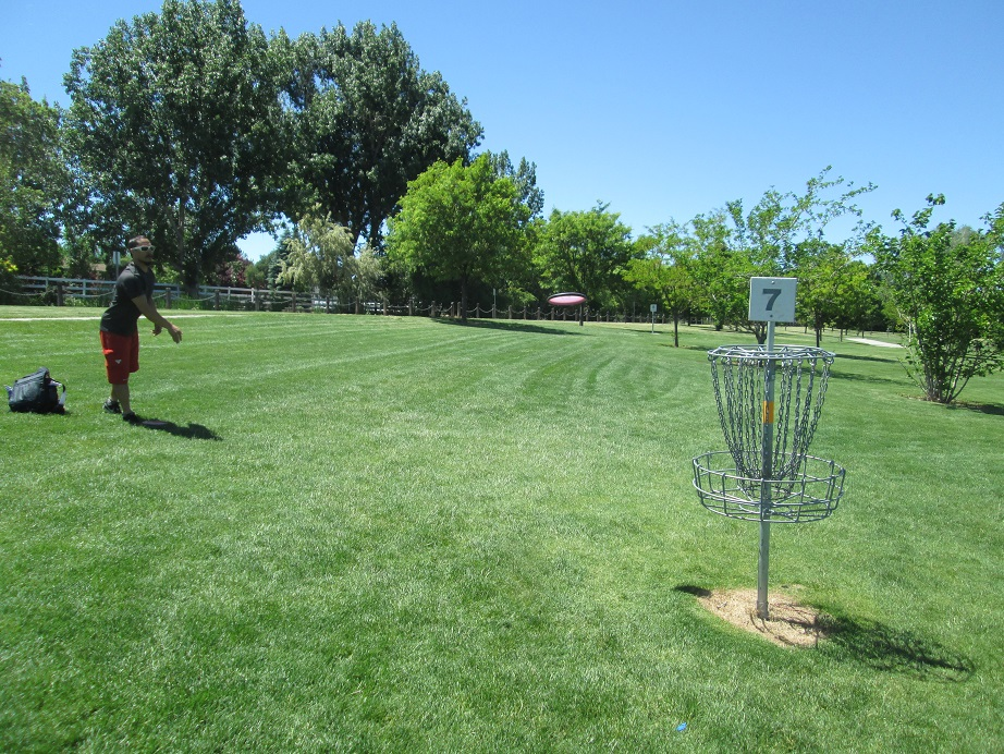Graham Watanabe Putting Disc Golf in Taylorsville